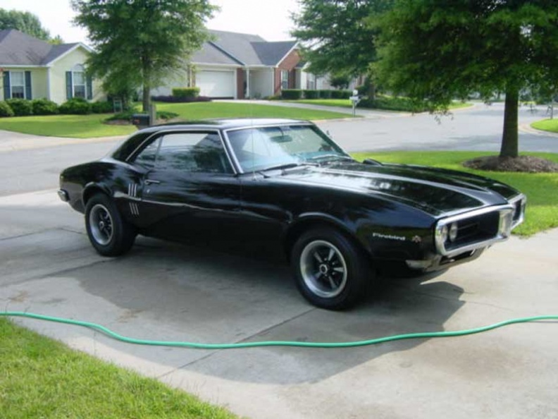 1968_Black_Pontiac_Firebird_OHC_6_Sprint_Coupe_2.jpg